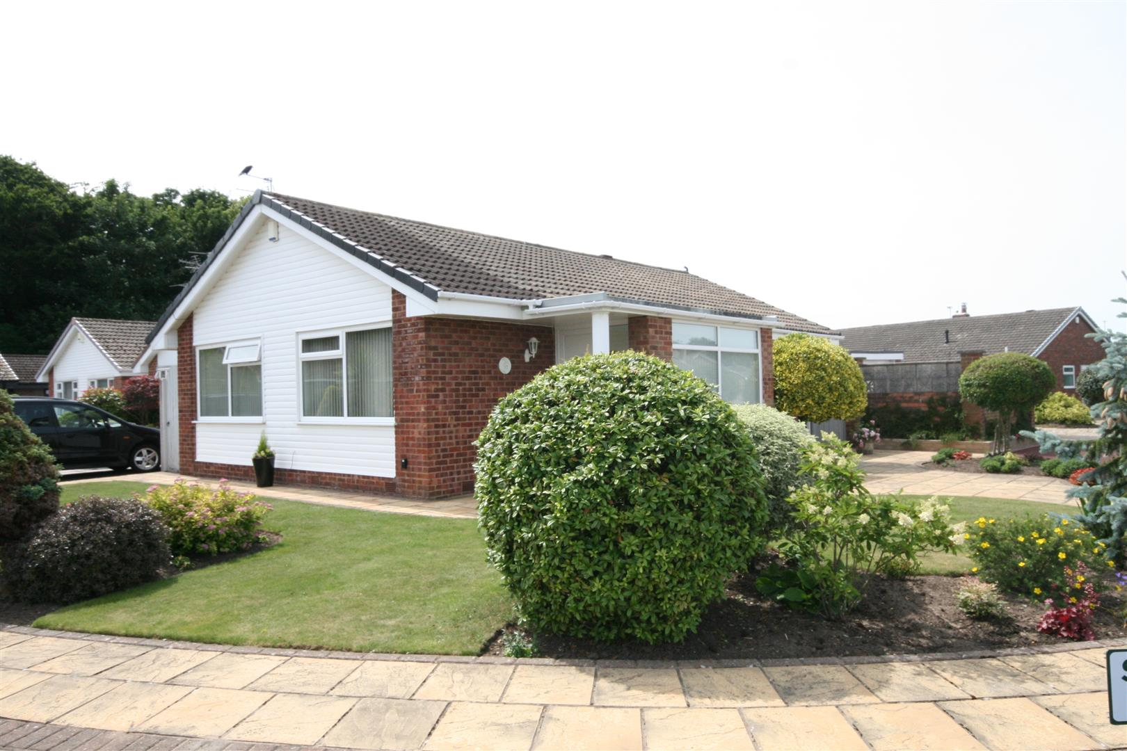 2 Bedrooms Property for sale in Broadwood Way, Lytham St. Annes